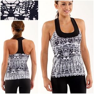 Lululemon Scoop Neck Tank (4) Glacier Lace Print